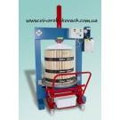 Прес с гидроголовкой или електроприводом Италия 50 с деревянная корзиной (220 литров)